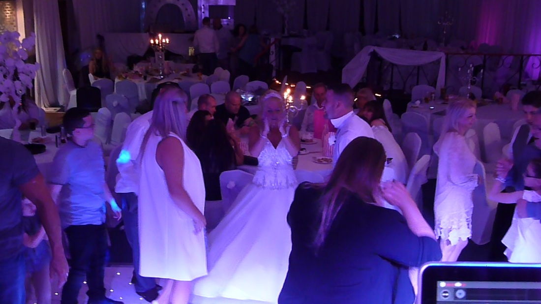 Wedding DJ | Disco Blyth, Northumberland
